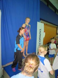 Siegerehrung mit Lene Rebecca Sojak über 200m Freistil