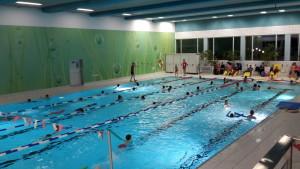 Bild 1 Schwimmausbildung im Augustinum